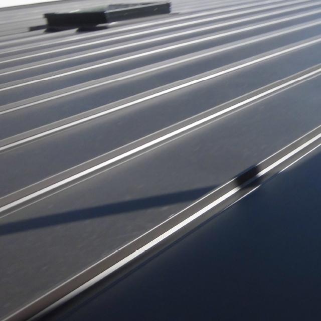 ガリバリウム鋼板の屋根材